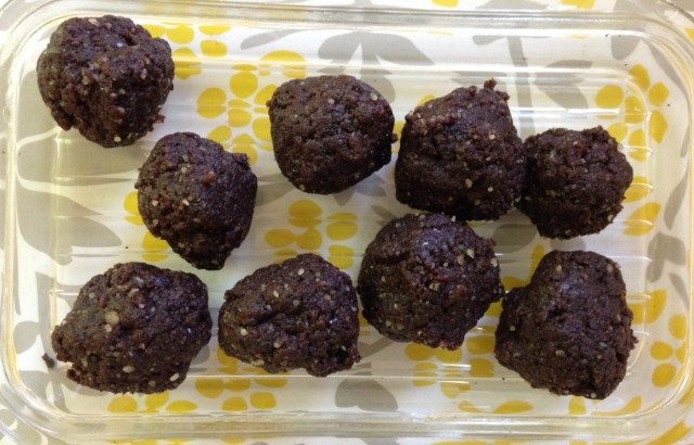 Raw Brownie Bites (Paleo)
